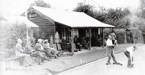 Bowling Club Old