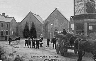 Christopher Square C1900