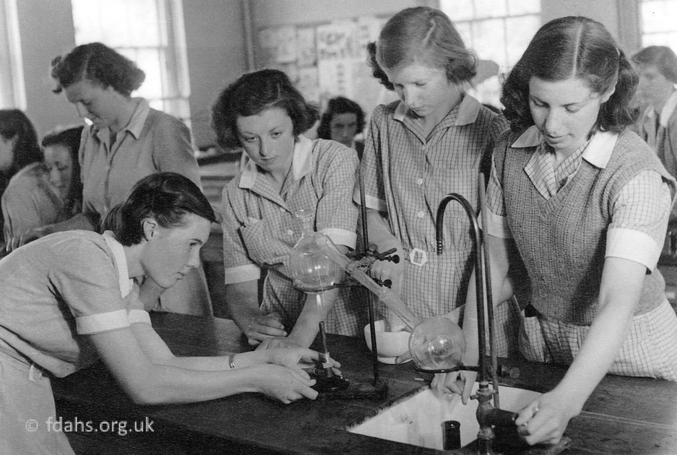 Elms Girls Science C1970s