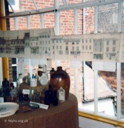 Exhibition Sheena Bourne2 1982