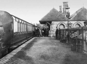 Faringdon Station C1910s