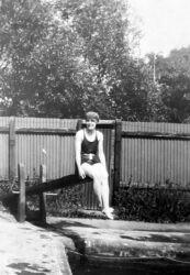 Faringdon Swimming Bath M1930s