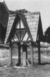 Fernham Pump 1920