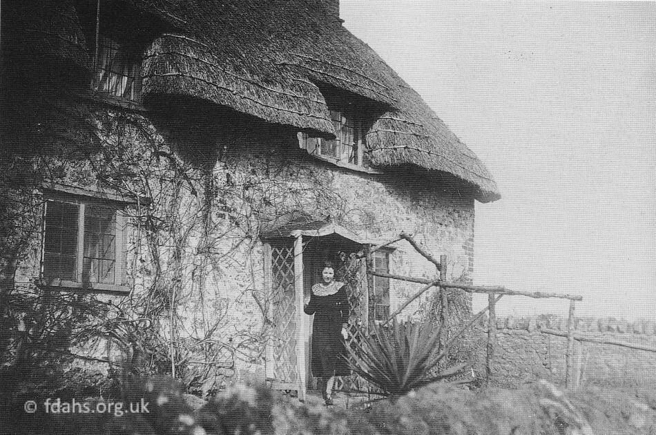 Fernham Farm House 1914