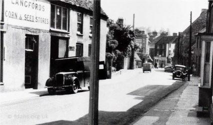 Gloucester Street Lower 1953