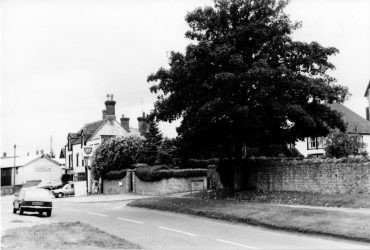 Lechlade Road3 1982