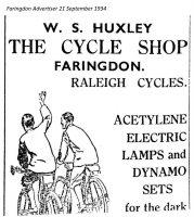 London St Huxley Advert 1934