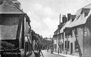 London Street Bull Inn 1900s