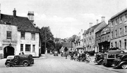 Market Place Up 1950s