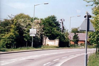 Park Road Entrance 2001