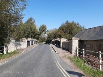 Pidnell Bridge Radcot 2020