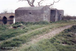 Pill Box Radcot Bridge 1989