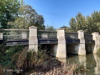 Radcot Pidnell Bridge 2020