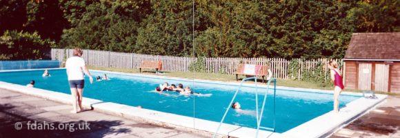 Swimming Pool 1994