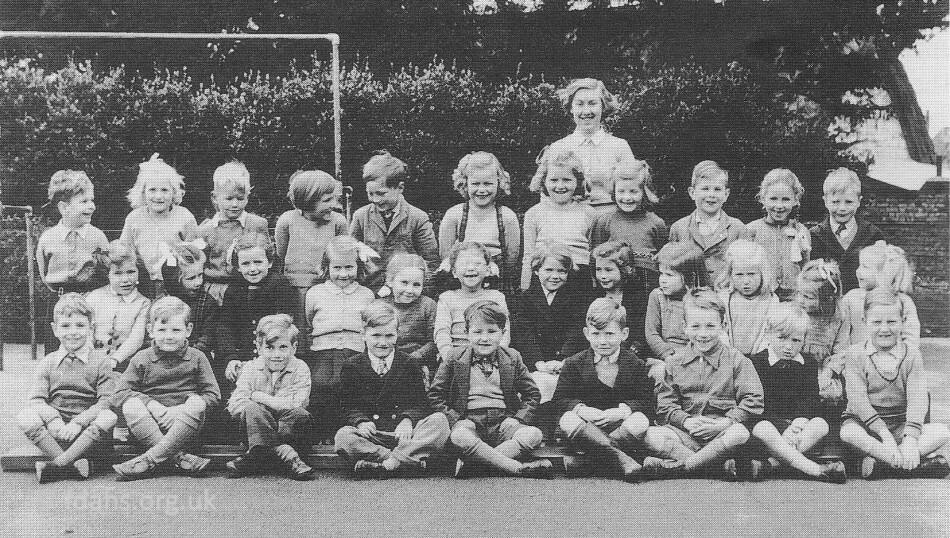Uffington School Pupils 1952