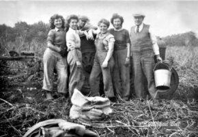 Wla Group Photo 1939